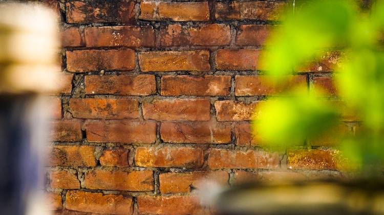 Signs of Subsidence: How to Spot it, Prevent it & Fix it