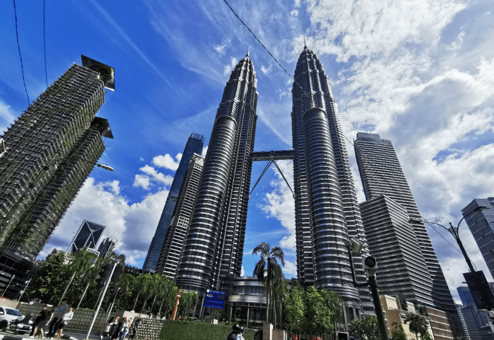 A Timeline of the Tallest Buildings in the World